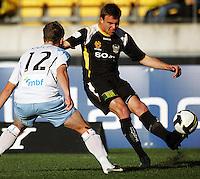 080928 A-League Football - Phoenix v Sydney