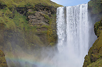 "Skógafoss, Skogafoss, ""Waldwasserfall"", Wasserfall auf Island, Wasserfall des Flusses Skógá im Süden Islands, waterfall in the south of Iceland"
