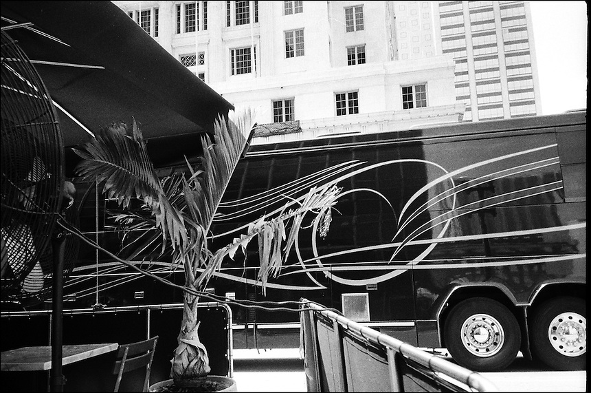 "Composition with palm tree<br /> From ""The Machine to live in"" series. Miami, Florida, 2010"