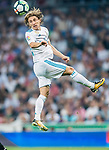 Luka Modric of Real Madrid heads the ball during the La Liga 2017-18 match between Real Madrid and Real Betis at Estadio Santiago Bernabeu on 20 September 2017 in Madrid, Spain. Photo by Diego Gonzalez / Power Sport Images