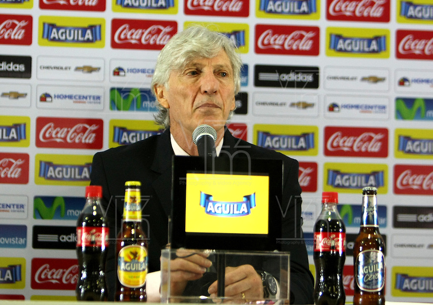 BOGOTA - COLOMBIA - 20 -03-2015 : Jose Pekerman director tecnico de la seleccion Colombiana de futbol de mayores durante su conferencia de prensa antes de viajar al Medio Oriente a los partidos amistosos contra Bahrein y Kuwait preparativos para la Copa America 2015 /Jose Pekerman selection technical director of the Colombian football during his press conference before traveling to Middle West for friendlies matches against Bahrein and Kuwait preparations for the America Cup 2015.Photo:VizzorImage / Nestor Silva / Cont.