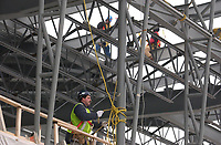 The new international jetty construction site at MontrŽal-<br /> Pierre Elliott Trudeau International Airport (YUL) in February 2004.<br /> <br /> Contruction de la nouvelle jetŽe de l'aŽroport Pierre E Trudeau (YUL) FŽvrier 2004<br /> photo : (c) images Distribution