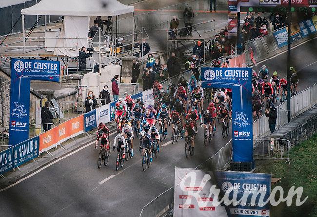 Women's Race Start<br /> <br /> UCI Cyclocross World Cup Namur 2020 (BEL)<br /> <br /> ©kramon