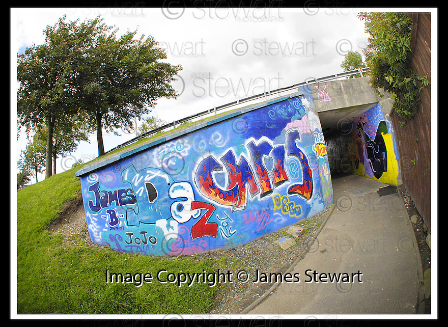29/08/2007       Copyright Pic: James Stewart.File Name : 14_underpass.THE UNDERPASS IN MADDISTON PAINTED BY LOCALS....James Stewart Photo Agency 19 Carronlea Drive, Falkirk. FK2 8DN      Vat Reg No. 607 6932 25.Office     : +44 (0)1324 570906     .Mobile   : +44 (0)7721 416997.Fax         : +44 (0)1324 570906.E-mail  :  jim@jspa.co.uk.If you require further information then contact Jim Stewart on any of the numbers above........