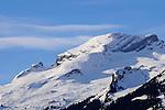 Schweizer Berge, Alvier Kette, im Rheintal des Kanton St. Gallen von Schaan aus gesehen. Swiss mountains Alvier masif in the Rhine Valley seen from Schaan, Liechtenstein. Gauschla 2310m