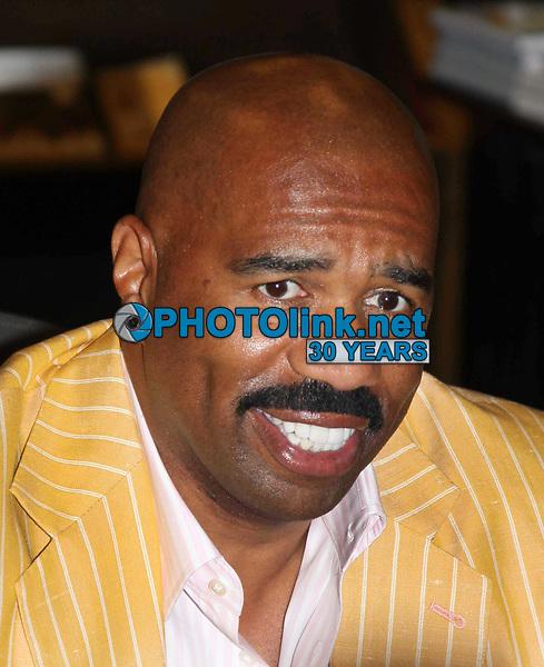 Steve Harvey 04-10-2009. Photo by JR Davis-PHOTOlink