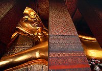 Reclining Buddha Wat Pho Temple Bangkok Thailand