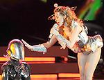RE Kylie Minogue 100409