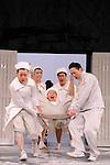 EGG<br /> <br /> Texte et mise en scène : Hideki Noda<br /> Musique : Ringo Sheena<br /> Avec<br /> Satoshi Tsumabuki : Abe Hirafu<br /> Eri Fukatsu : Ichigo Ichie<br /> Toru Nakamura : Tsuburai Kokichi<br /> Natsuko Akiyama : The Owner<br /> Koji Ohkura : Hirakawa<br /> Takashi Fujii : Otokoyama<br /> Hideki Noda : L'ouvreuse<br /> Kindai Kôhei : Le directeur artistique<br /> Isao Hashizume : Kieta l'entraîneur<br /> Et la troupe Ruiko Akikusa, Shunya Itabashi, Chika Uchida, Takaya Oishi, Tomoko Onishi, Itsuki Kawaharada, Masanori Kikuzawa, Taketo Kubota, Ayaka Kondo, Babibube Sato, Yugen Sato, Naomi Shimotsukasa, Yuji Shirakura, Hiroki Takeuchi, Emmie Nagata, Kanako Nishida, Takuma Noguchi, Junko Fukai, Takashi Masuyama, Yuta Matoba<br /> Décor : Yukio Horio<br /> Lumières : Ikuo Ogawa<br /> Costumes : Kodue Hibino<br /> Effets sonores : Yukio Takatsu<br /> Chorégraphie : Ikuyo Kuroda<br /> Effets visuels : Shutaro Oku<br /> Conception coiffure et maquillage : Isao Tsuge<br /> Lieu : Theatre National de Chaillot<br /> Ville : Paris<br /> Le 03/03/2015