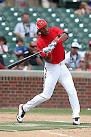 Outfielder Byron Buxton #11 during the home run derby before the Under Armour All-American Game at Wrigley Field on August 13, 2011 in Chicago, Illinois.  (Mike Janes/Four Seam Images)