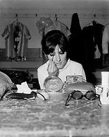 Dominique Michel en coulisse,<br /> Gala des artiste, 20 juin 1966