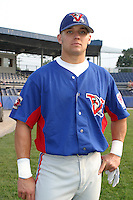 August 15, 2003:  Larry Wayne York of the Vermont Expos during a game at Dwyer Stadium in Batavia, New York.  Photo by:  Mike Janes/Four Seam Images