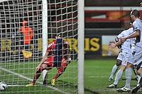 KV Kortrijk - KV Mechelen : Stefan Mitrovic tikt de 1-0 binnen.foto VDB / BART VANDENBROUCKE