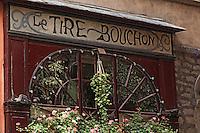 Europe/France/Rhône-Alpes/69/Rhône/Lyon: Vieux Lyon - Détail de la façade d'un bouchon lyonnais