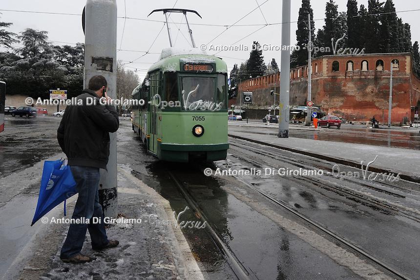 Maltempo.Bad weather.Neve a Roma.Snow in Rome....