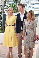 KIRSTEN DUNST, LASZLO NEMES AND VANESSA PARADIS - PHOTOCALL OF THE JURY AT THE 69TH FESTIVAL OF CANNES 2016