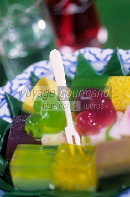 """Asie/Thaïlande/Env de Chiang Mai : Réception à la """"Mae Sa Valley Resort"""" - Desserts à base de gélatine parfumée"""