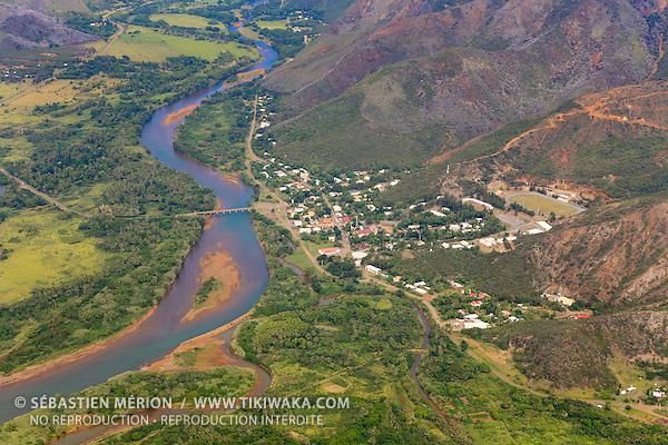 Village de Thio, côte Est de la Nouvelle-Calédonie