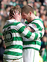 :: CELTIC'S KRIS COMMONS CELEBRATES AFTER HE SCORES THE THIRD FOR CELTIC ::