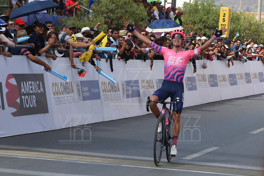 TUNJA - COLOMBIA, 13-02-2020: Rigoberto Uran (COL) EF EDUCATION FIRST a la llegada de la tercera etapa del Tour Colombia 2.1 2020 con un recorrido de 177,7 km que se corrió entre Paipa y Sogamoso, Boyacá. / Rigoberto Uran (COL) EF EDUCATION FIRST at the arrive of the third stage of 177,7 km as part of Tour Colombia 2.1 2020 that ran between Paipa and Sogamoso, Boyaca.  Photo: VizzorImage / Darlin Bejarano / Cont