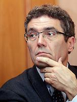 Il giornalista Roberto Natale alla presentazione dei capilista di Sinistra Ecologia Liberta' a Roma, 7 gennaio 2013..UPDATE IMAGES PRESS/Riccardo De Luca