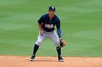 Tampa Yankees second baseman Robert Refsnyder (13) during a game against the Jupiter Hammerheads on July 18, 2013 at Roger Dean Stadium in Jupiter, Florida.  Jupiter defeated Tampa 6-1.  (Mike Janes/Four Seam Images)