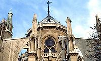 Paris: Notre Dame--buttresses. Photo '87.