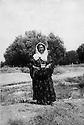 Iran 1951 <br /> Khedraweh: Khadijeh Shatavi-Ghassemlou, sister of Abdul Rahman Ghassemlou<br /> Iran 1951 Khedraweh: Khadijeh Shatavi-Ghassemlou, soeur de Abdul Rahman Ghassemlou
