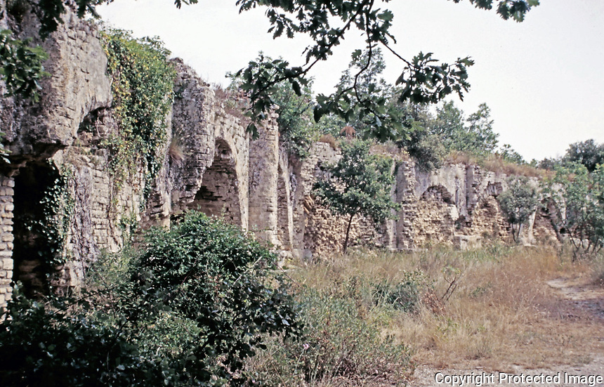 Ruins of the Pont du Gard aqueduct, Vers-Pont-du-Gard, France