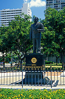 The Statue of King David Kalakaua in  Waikiki Gateway Park.