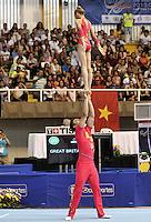 CALI – COLOMBIA – 29-07-2013: Dominic Smith y Alice Upcott de Gran Bretaña durante competencia Gimnasia Acrobática Parejas Mixtas Clasificación Dinámico en los IX Juegos Mundiales Cali, julio 29 de 2013. (Foto: VizzorImage / Luis Ramirez / Staff). Dominic Smith y Alice Upcott from Great Britain Acrobatic Gymnastics Mixed Pairs Dynamic Classification in the IX World Games Cali, July 29, 2013. (Photo: VizzorImage / Luis Ramirez / Staff).