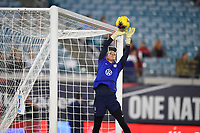 JACKSONVILLE, FL - NOVEMBER 10: United States goalkeeper Ashlyn Harris #18 warming up during a game between Costa Rica and USWNT at TIAA Bank Field on November 10, 2019 in Jacksonville, Florida.