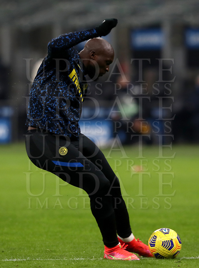 Calcio, Serie A: Inter Milano - Atalanta, Giuseppe Meazza (San Siro) stadium, in Milan, March 8, 2021.  <br /> Inter's Romelu Lukaku during the warm up prior to the Italian Serie A football match between Inter and Atalanta at Giuseppe Meazza (San Siro) stadium, on  March 8, 2021.  <br /> UPDATE IMAGES PRESS/Isabella Bonotto