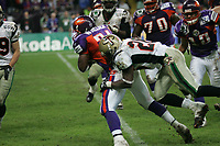 Butchie Wallace (Runningback Frankfurt Galaxy) gegen James Thornton (Cornerback Berlin Thunder)