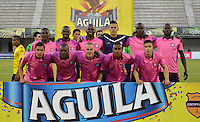 BARRANCABERMEJA -COLOMBIA, 30-08-2014.  Jugadores de Boyacá Chicó FC posan para una foto previo al encuentro con Alianza Petrolera válido por la fecha 3 de la Liga Aguila II 2016 disputado en el estadio Daniel Villa Zapata de la ciudad de Barrancabermeja./ Players of Boyaca Chico FC pose to a photo prior a match against Alianza Petrolera valid for the date 3 of the Aguila League I 2016 played at Daniel Villa Zapata stadium in Barrancebermeja city. Photo:VizzorImage / Jose Martinez / Cont