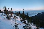 Sentier des Caps dans la région de Charlevoix. trois jours de raquettes sur les hauteurs du Saint Laurent entre le Cap Tourmente et Petite Rivière Saint Fancois. Quebec en hiver. Canada