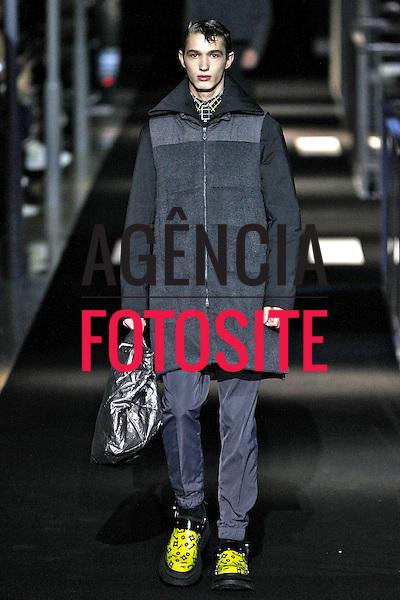Paris, Franca – 01/2014 - Desfile de Kenzo durante a Semana de moda masculina de Paris - Inverno 2014. <br /> Foto: FOTOSITE