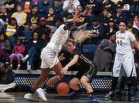 Reshanda Gray of California in action during the game against Washington at Haas Pavilion in Berkeley, California on March 1st, 2014.   Washington defeated California, 70-65.