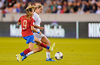 HOUSTON, TX - FEBRUARY 03: Lindsey Horan #9 of the United States passes off a ball past Gloriana Villalobos #9 of Costa Rica during a game between Costa Rica and USWNT at BBVA Stadium on February 03, 2020 in Houston, Texas.