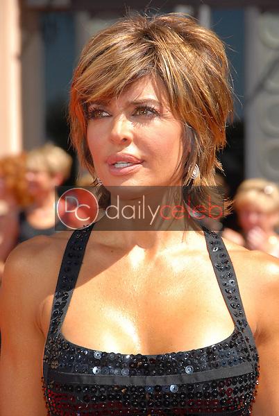 Lisa Rinna<br />arriving at the 58th Annual Primetime Emmy Awards. The Shrine Auditorium, Los Angeles, CA. 08-27-06<br />Scott Kirkland/DailyCeleb.com 818-249-4998