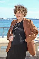 Liliane Rovere pose lors du photocall de CALL MY AGENT pendant le MIPTV a Cannes, le mardi 4 avril 2017.