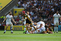 James Haskell of Wasps passes during the Premiership Rugby Final at Twickenham Stadium on Saturday 27th May 2017 (Photo by Rob Munro)