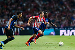 Santiago Arias (L) of Atletico de Madrid battles for the ball with Yann Karamoh of FC Internazionale during their International Champions Cup Europe 2018 match between Atletico de Madrid and FC Internazionale at Wanda Metropolitano on 11 August 2018, in Madrid, Spain. Photo by Diego Souto / Power Sport Images