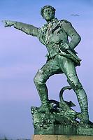 Europe/France/Bretagne/35/Ille-et-Vilaine/Saint-Malo: Détail Statue de Surcouf sur les remparts Place du Québec