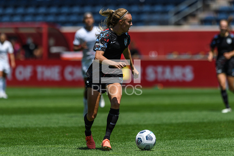 BRIDGEVIEW, IL - JUNE 5: Rachel Hill #5 of the Chicago Red Stars dribbles the ball during a game between North Carolina Courage and Chicago Red Stars at SeatGeek Stadium on June 5, 2021 in Bridgeview, Illinois.