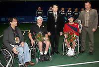 17-11-07, Netherlands, Amsterdam, Wheelchairtennis Masters 2007, Wagner(red) receives the trophy in the middle mr. Susuki from NEC and runnerup Norfolk