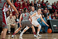 STANFORD, CA-JANUARY 18, 2012 - Senior Lindy La Rocque looks for an open teammate in the first half against the Washington State Cougars.