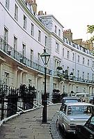 London: Gerton Crescent. Brompton.
