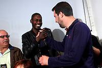Matteo Salvini stringe la mano ad un ragazzo di colore<br /> Abbazia di Fiastra, Marche 25-05-2015 Matteo Salvini all' Abbazia di Fiastra<br /> Photo Samantha Zucchi Insidefoto