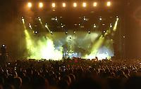 """21st Wacken Open Air WOA  (5.8. - 7.8.2010) in Wacken (Germany , Schleswig-Holstein) - nearly 85000 metalheads celebrate their Mekka of metal - in picture: the symbol / gesture of the metal movement - fingers / hand in the air / devil's horns - masses in front of the maiun stage during concert of """"immortal"""" //  im Bild: das Symbol der Metaller Bewegung - die Pommesgabel / Teufelshörner gebildet aus zwei Fingern / Handgeste - die Massen vor der Bühne während des Auftritts der Band """"Immortal"""". Foto: Norman Rembarz..Norman Rembarz , Autorennummer 41043728 , Augustenstr. 2, 04317 Leipzig, Tel.: 01794887569, Hypovereinsbank: BLZ: 86020086, KN: 357889472, St.Nr.: 231/261/06432 - Jegliche kommerzielle Nutzung ist honorar- und mehrwertsteuerpflichtig! Persönlichkeitsrechte sind zu wahren. Es wird keine Haftung übernommen bei Verletzung von Rechten Dritter. Autoren-Nennung gem. §13 UrhGes. wird verlangt. Weitergabe an Dritte nur nach  vorheriger Absprache.."""